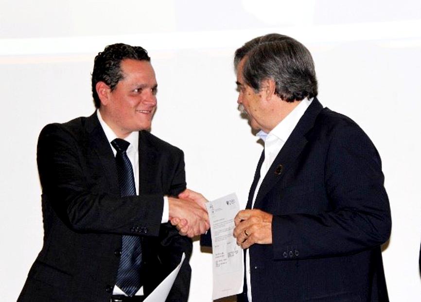 Firma UNID convenio de colaboración con AMIC