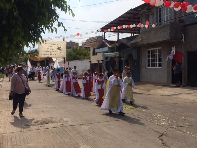 Corpus Christi Tapetes UNID Cotija 2018
