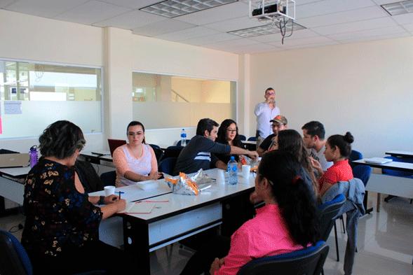 Diálogos Rectora María Teresa García Paredes con alumnos de UNID Aguascalientes
