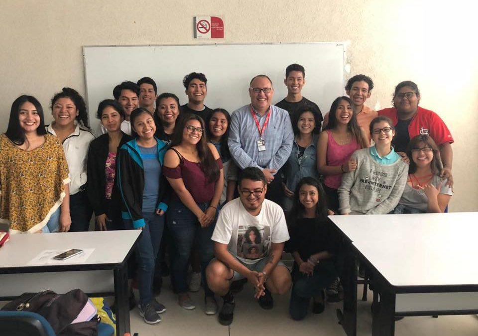 Charla con alumnos UNID Campus Coatzacoalcos