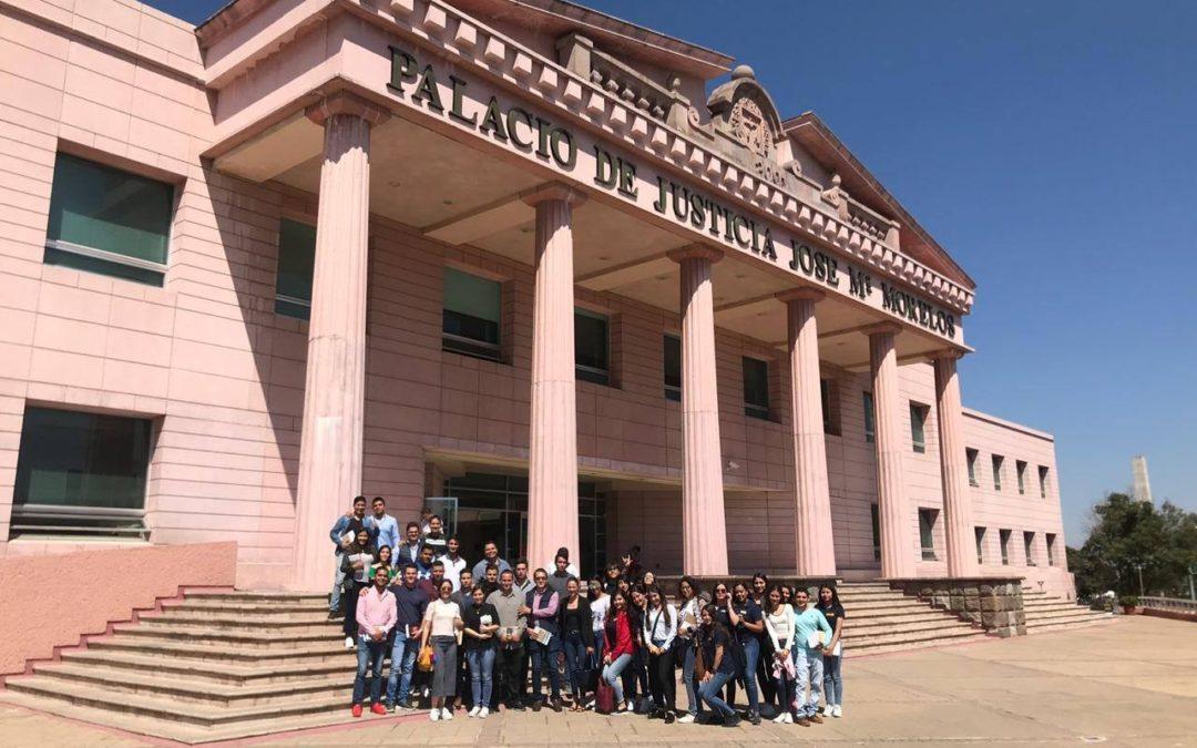 Visitan Alumnos Supremo Tribunal de Justicia en Morelia.